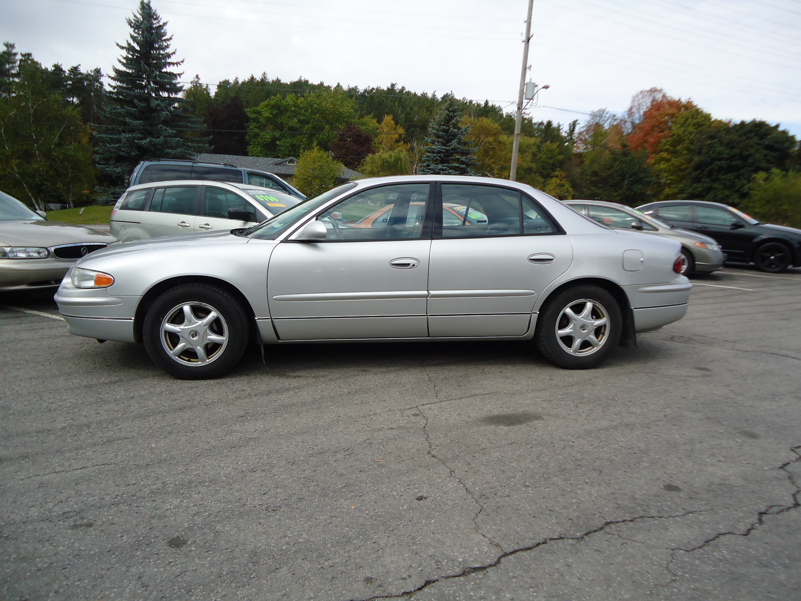 2002 BUICK REGAL SILVER WITH LEATHER (6) | Bob Currie Auto ...