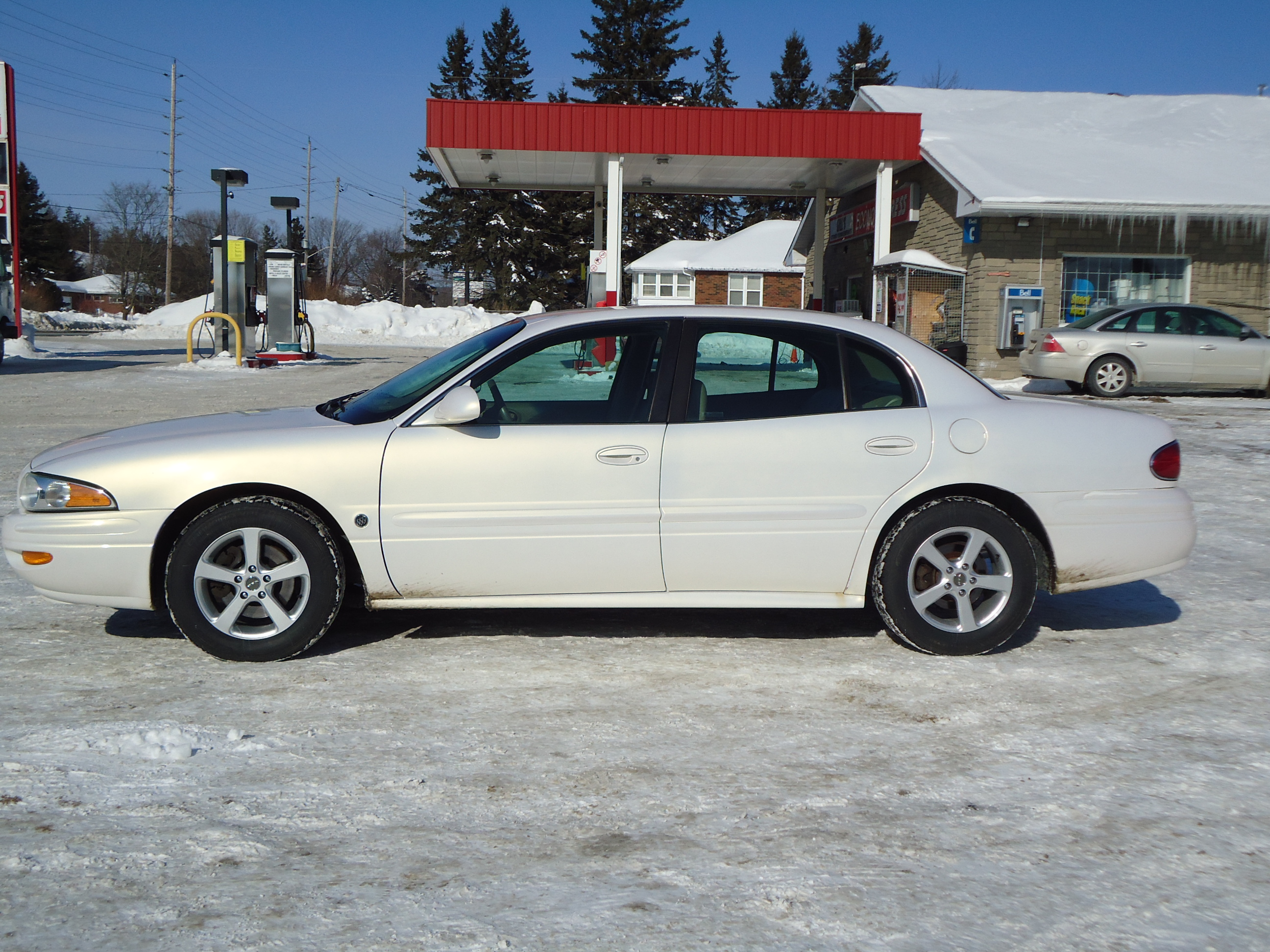 2004 BUICK LESABRE LIMITED WHITE GOLD 1