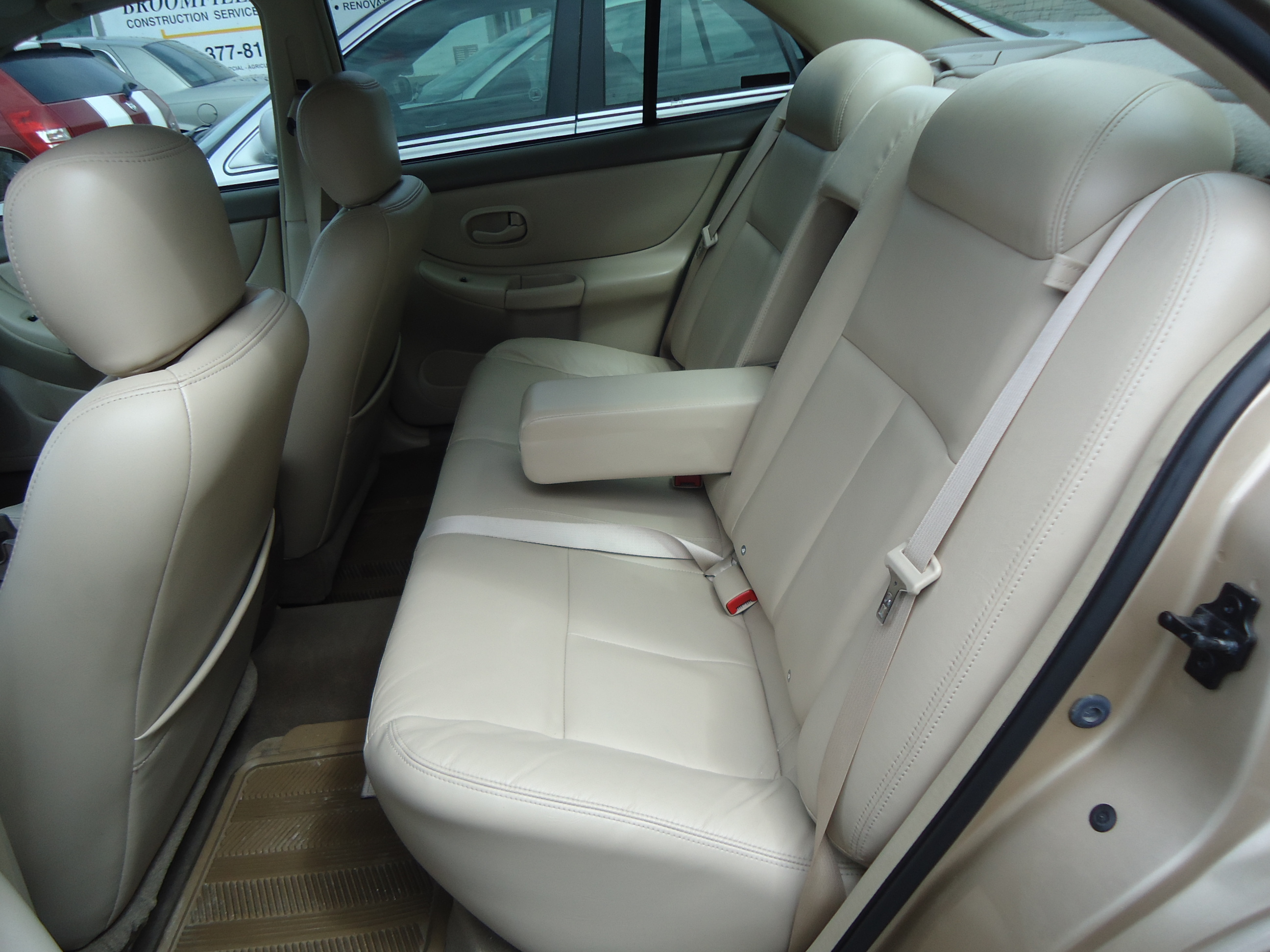 2002 OLDS INTRIGUE INTERIOR (1) | Bob Currie Auto Sales