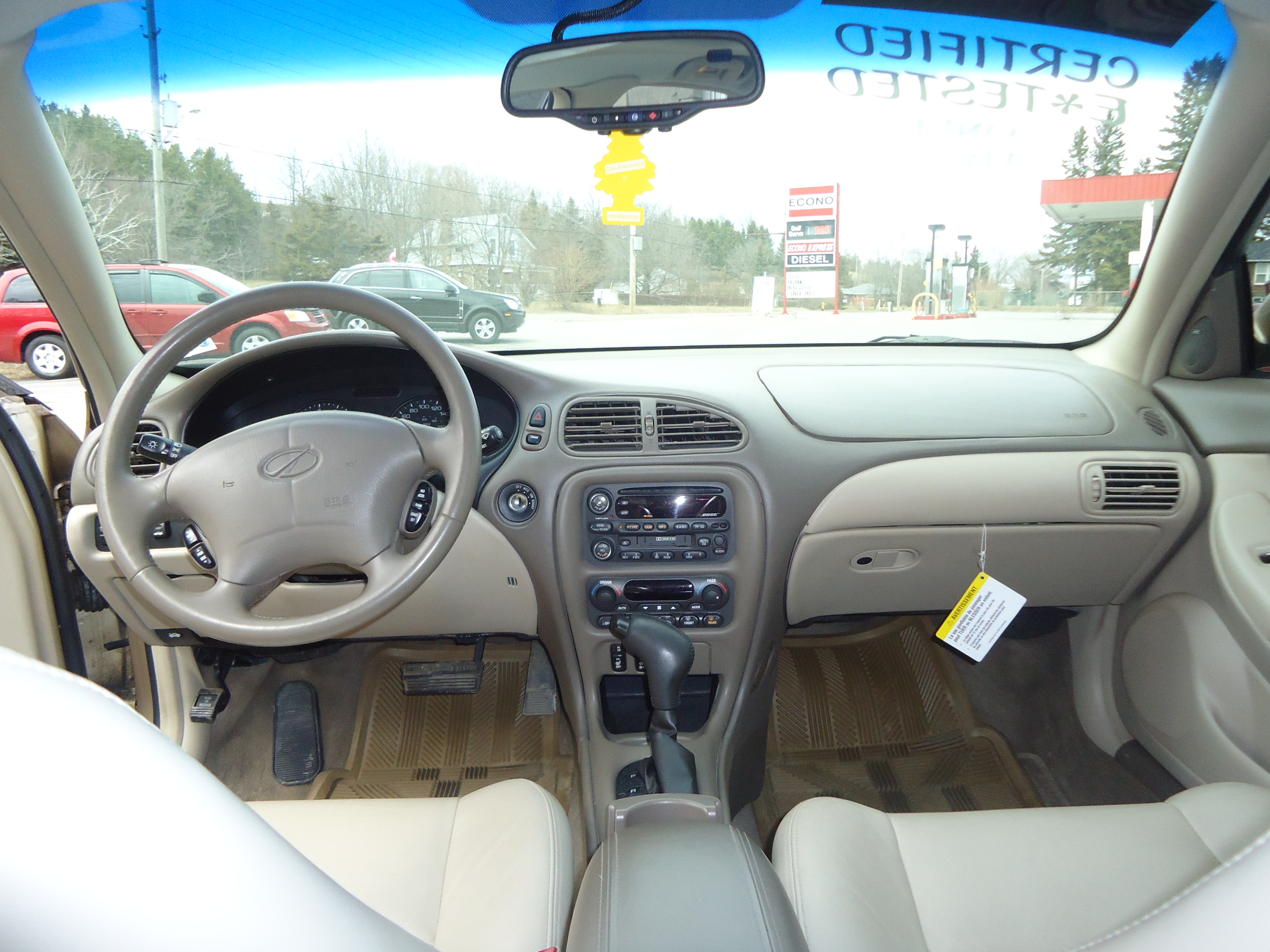 2002 olds intrigue interior 2