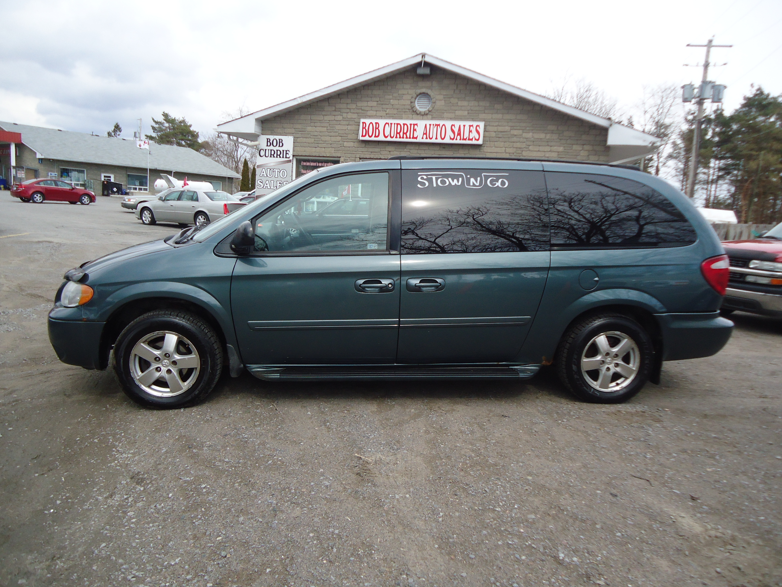 2005 dodge grand caravan stow n go bob currie auto sales. Black Bedroom Furniture Sets. Home Design Ideas