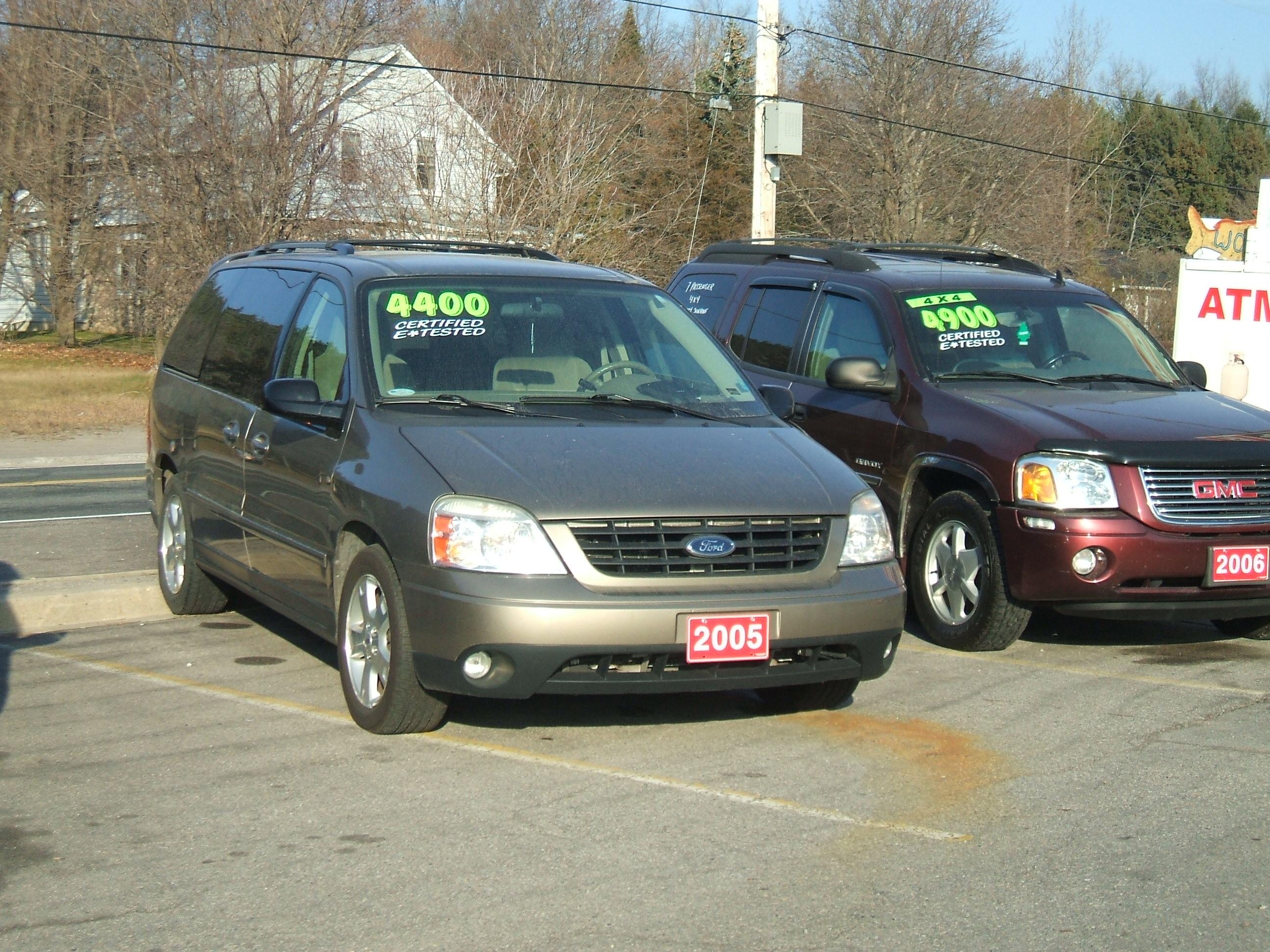 2005 Ford Free Star Ses Van 2