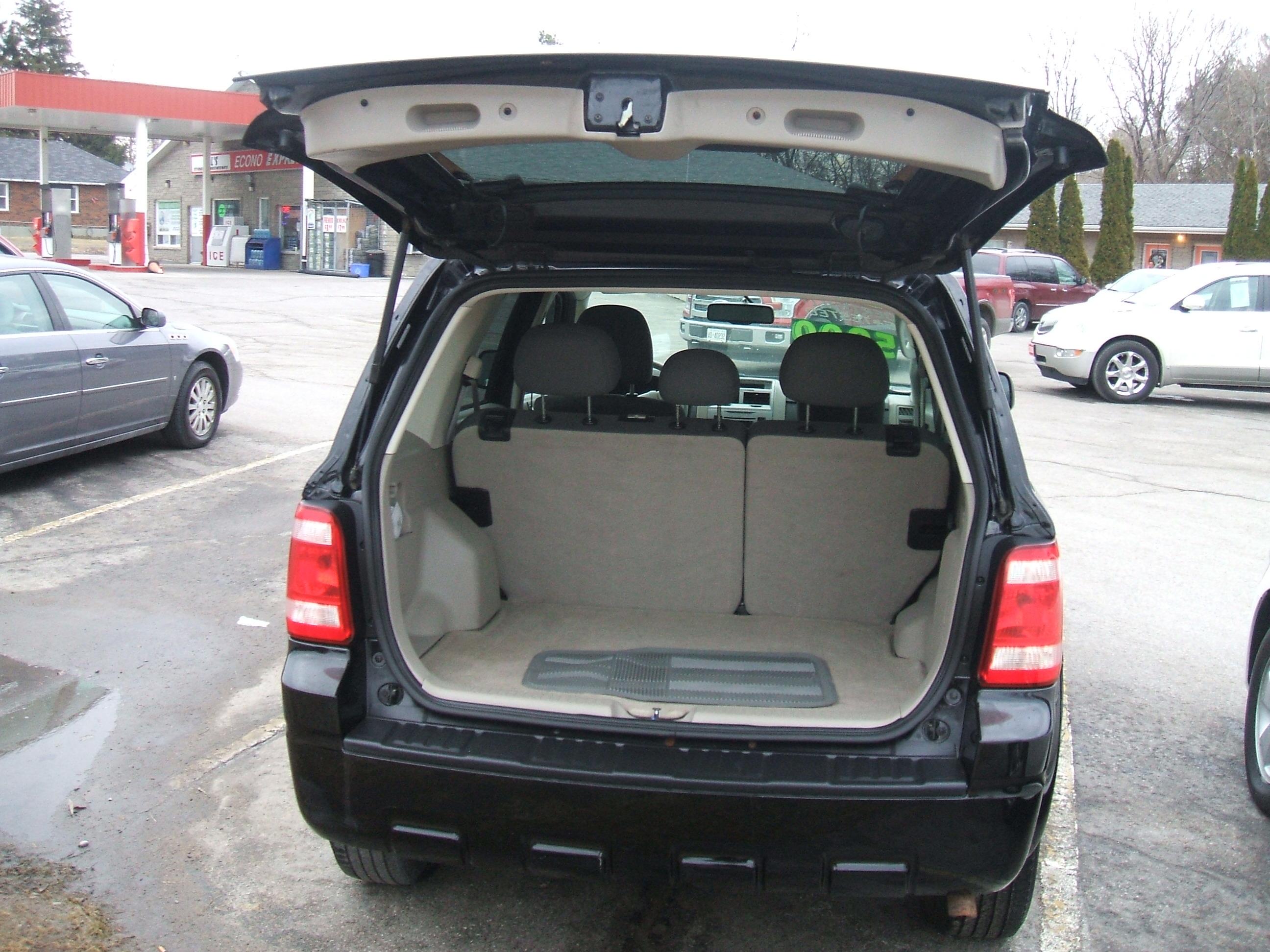 2009 Ford Escape Xlt 4x4 Interior 1