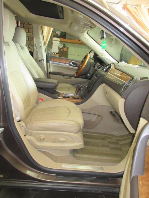 Buick Enclave Interior >> 2009 Buick Enclave Cxl Interior 7 Bob Currie Auto Sales